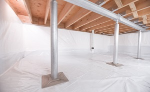 Crawl space structural support jacks installed in Bellmore